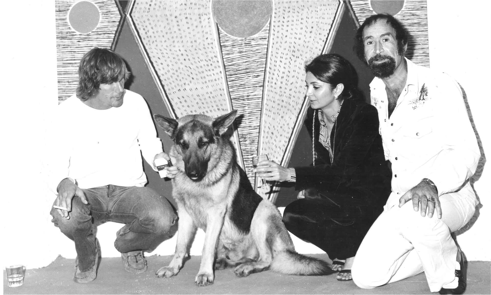 Goli Bakhtiar y James Hund